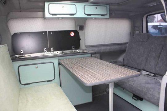 Bongo Familyvan 1 1