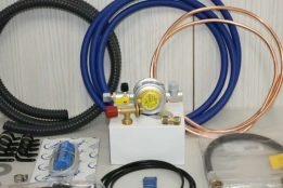 Gas and water installation kit