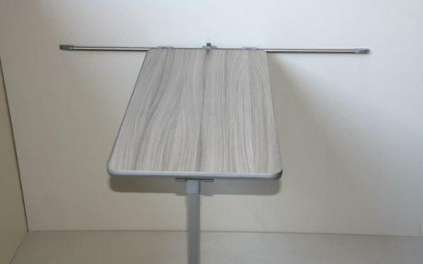 table and leg 1