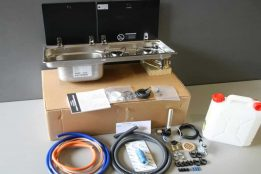 9722 LH Standard Installation Kit with 10L Container 1