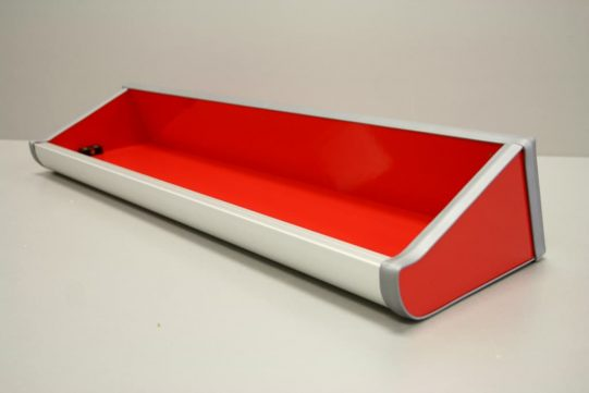 Gloss Red shelf