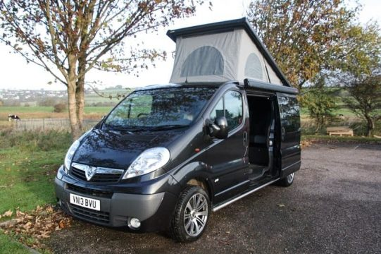 Renault Trafic SCA Elevating Roof 1