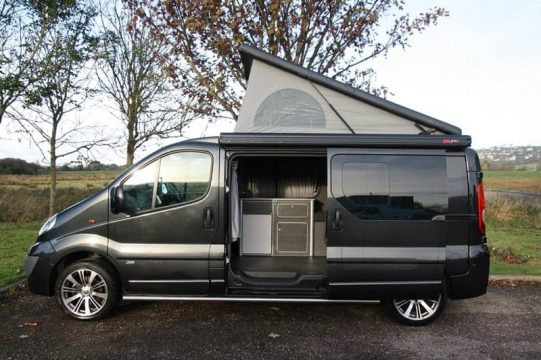 Renault Trafic SCA Elevating Roof 2