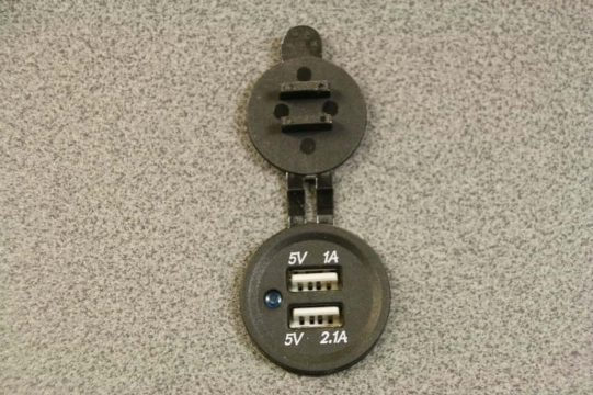 12v Double USB Socket12v USB Charger Socket 02